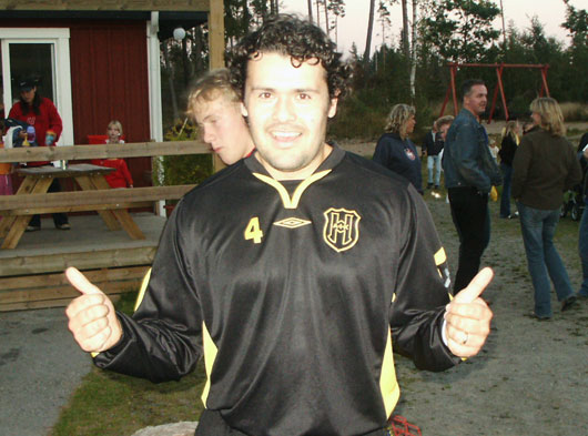 Matchhjälten Roberto efteråt.