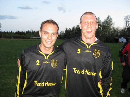 Glada målskyttar 2 x Henrik: Karlsson och Jönsson.