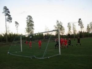 Henrik Jönsson nick susar in i nätet, 1-1