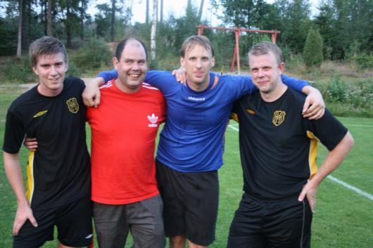 Glad kvartett av målskyttar och målräddare: fr v Johannes Widerberg, Johan Lavesson, Johan Johansson och Jakob Gulldén. foto: Reimer Johansson