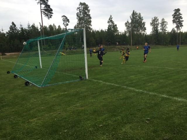 """Här gör """"Koffe"""" 5-0 efter ribbkott av Franjo - påpassligt"""