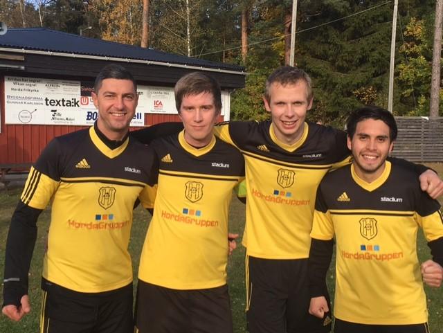 Fyra glada målskyttar mot Angelstad, fr v Adnan Muratovic, Johannes Widerberg, Bartek Krasowski och Alexander Alegre Herrera